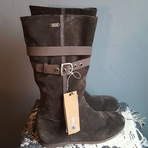 EMU Australia Aurora Sheepskin and Suede Boots